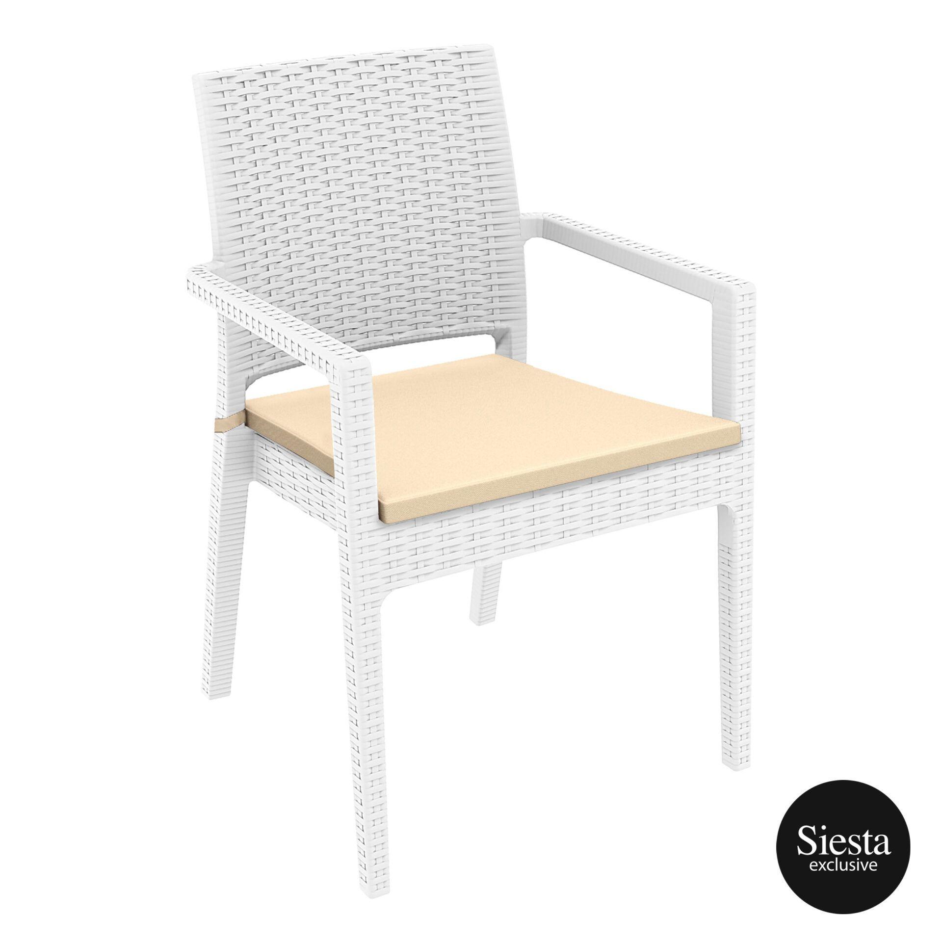 014 ibiza white front side withcushion 1