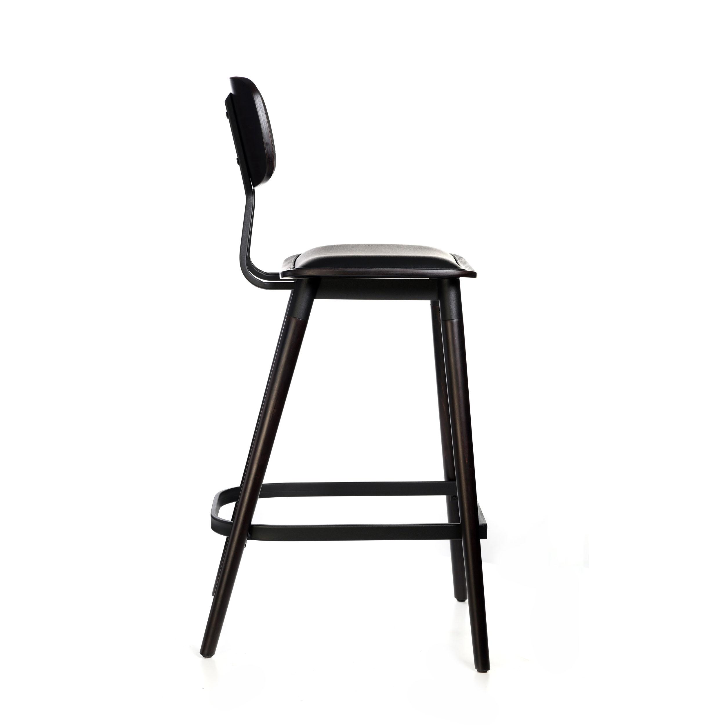 felix barstool – black vinyl seat – chocolate – black frame a7