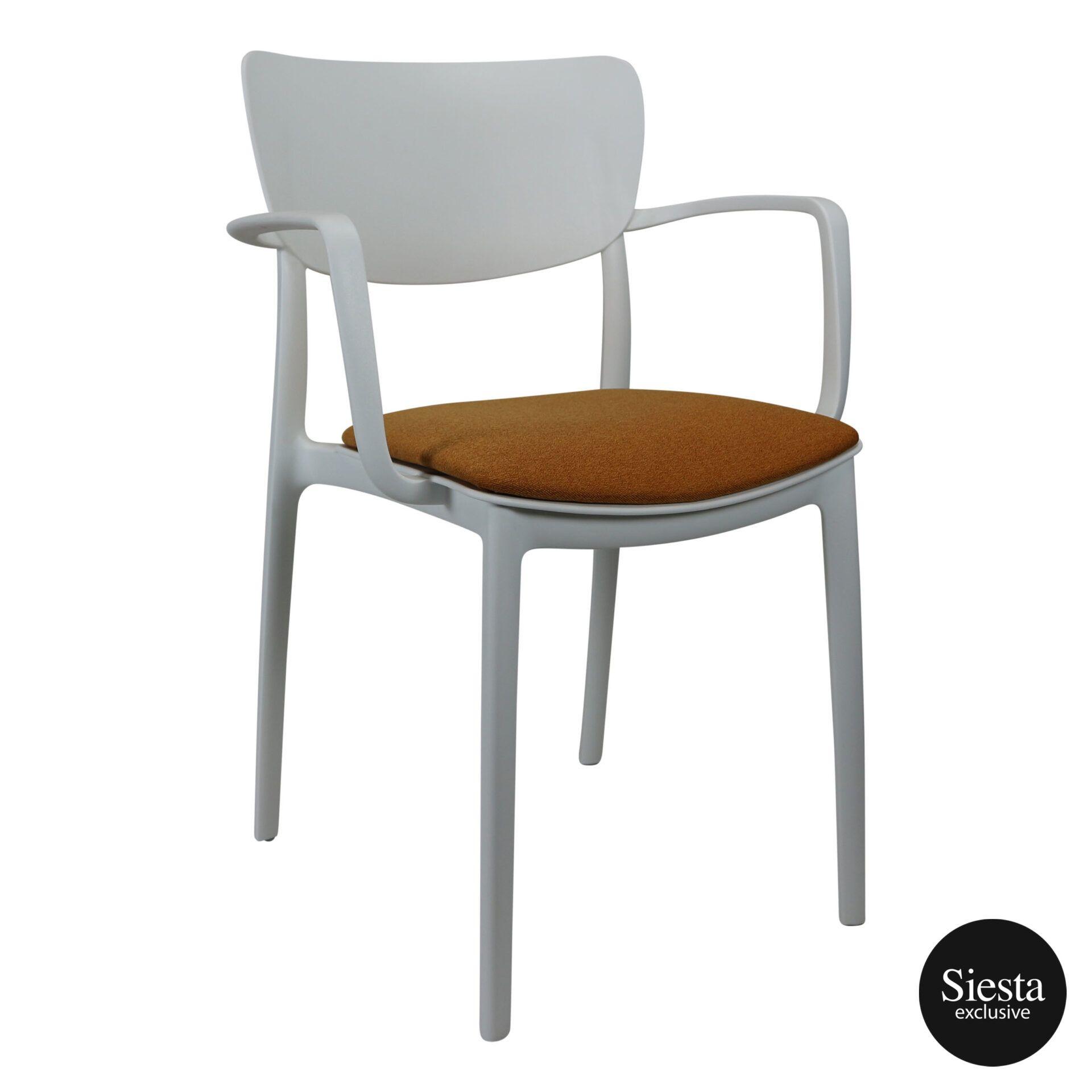 lisa armchair white c7a