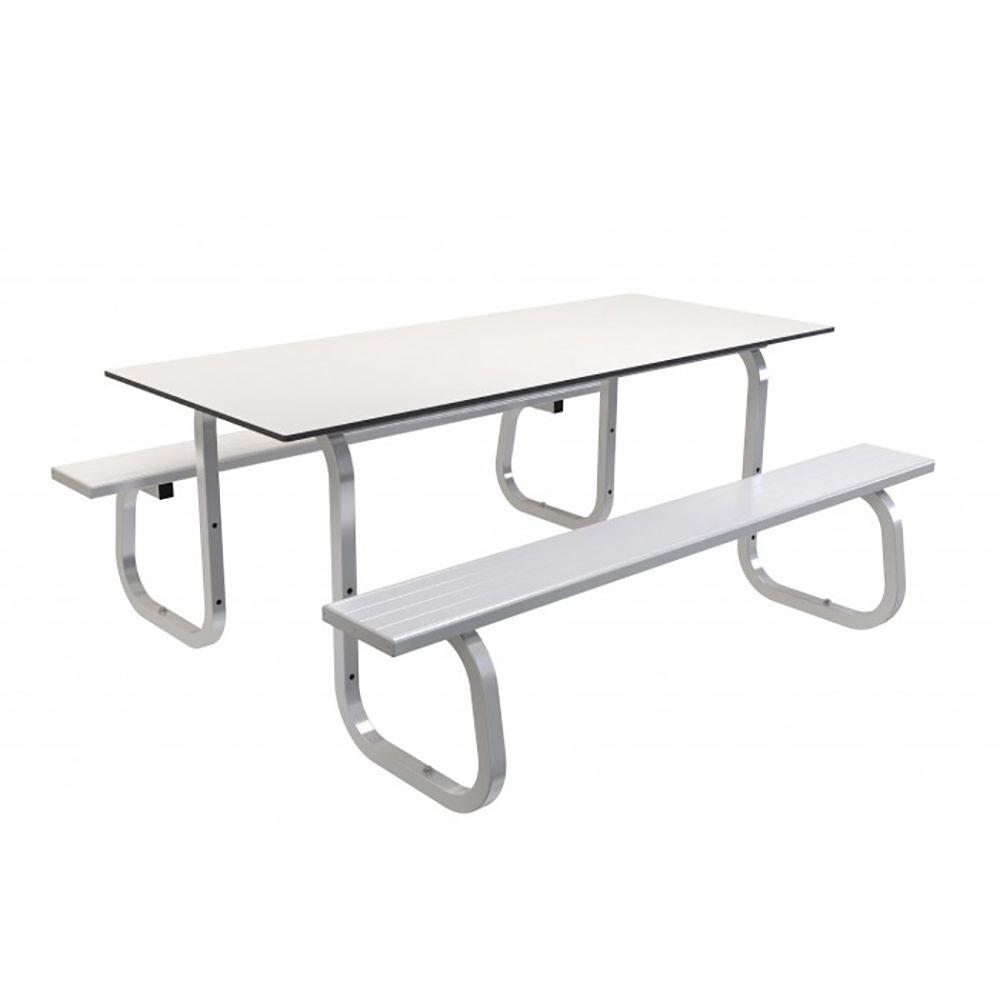 MTS SM STD 013 ALFRESCO OL TABLE SETTING STANDARD