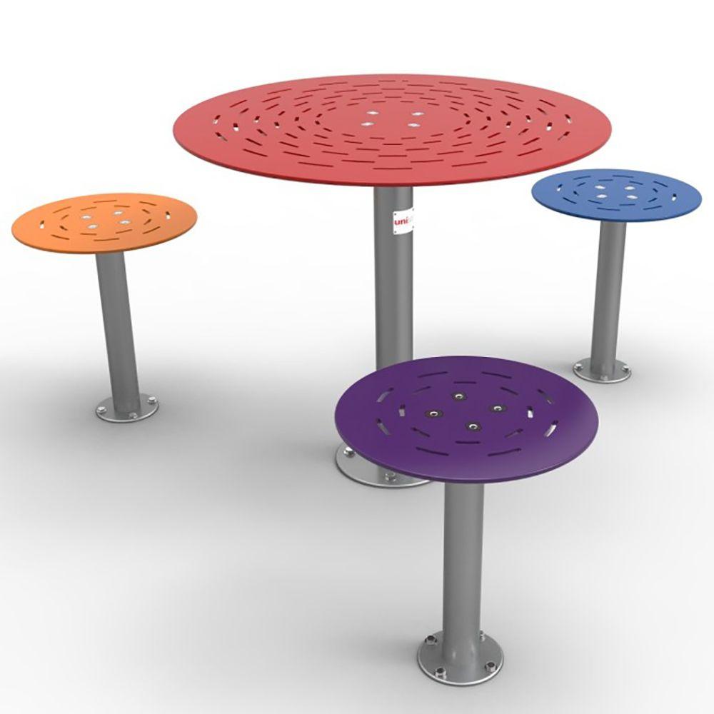 RTS SM DEL 002 ALFRESCO ROUND TABLE SETTING DELUXE 3